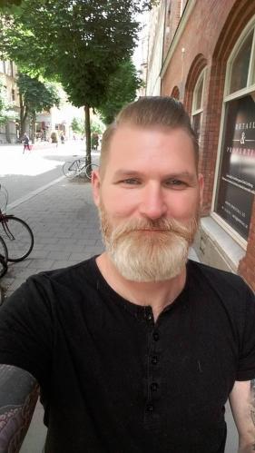 Niclas Wennerlund, grundare och initiativtagare till Bara vanlig.