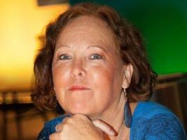 Ann Sandin-Lindgren är redaktör och allmän chef på Tyresöradion