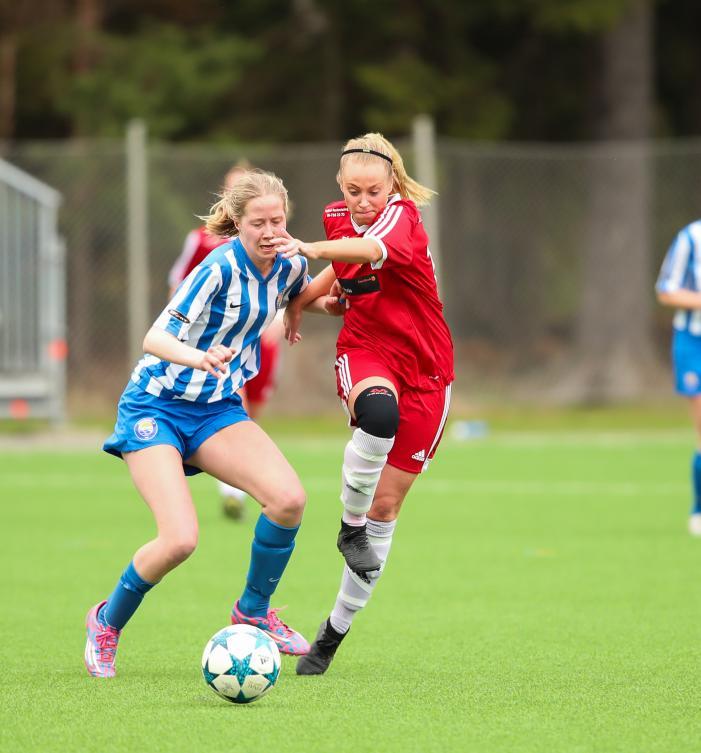 Olivia Åkerlund stod i en klass för sig i matchen mot Saltsjöbaden. Foto: Claus Meyer