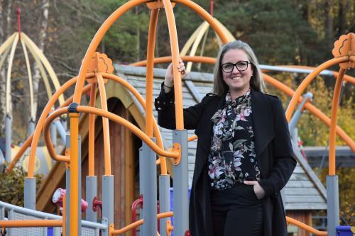 <span>Jannice Rockstroh (s) säger att vi behöver vi politiker ta ansvar och ligga i framkant med lagstiftning och förslag för att nå målet om en helt kemikaliefri förskola och skola. </span>