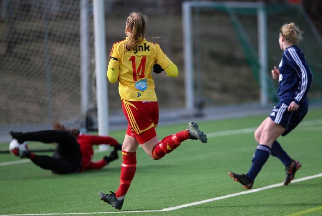 Frida Thörnqvist blev premiärskytt för TFF