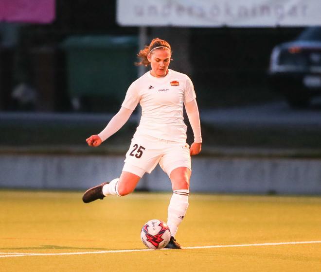 Sofie Thörnqvist rullar in 4-0 Foto: Claus Meyer