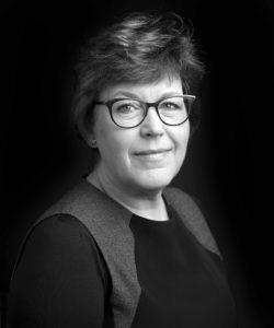 Mari Schaub, advokat