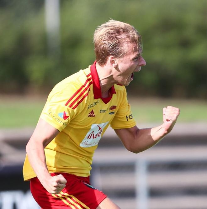Lucas Brikell jublar efter sitt 3-1 mål som sänkte Syrianska.