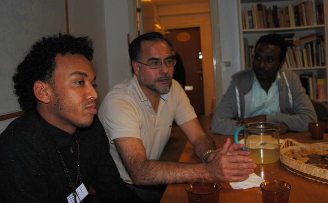 <span>Tekle, Fernando Quiroga (TUFF) & Tesfamarian under integrationskvällen</span>