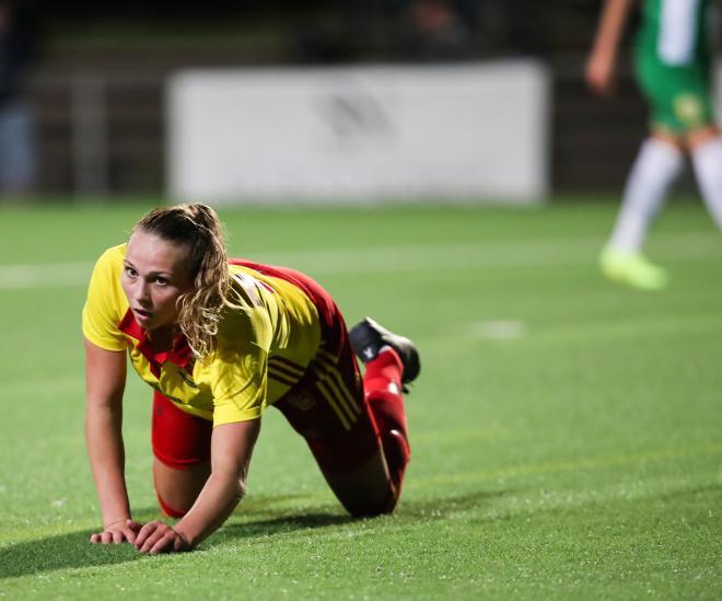 Även Frida Thörnqvist gick lite på knäna i slutet av matchen.