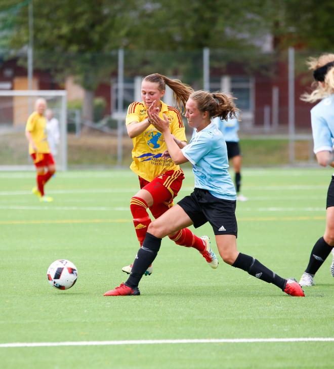 Frida Thörnqvist togs hårt av Booförsvaret