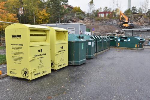 Återvinningsstationerna bidrar till återbruk och återvinning