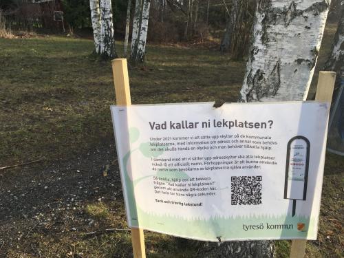 Information vid lekplatsen på Klintvägen, Trollbäcken