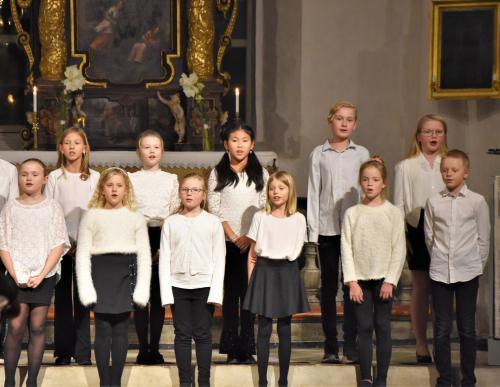 Trollkören, dirigerad av Anne Aaltonen Samuelsson
