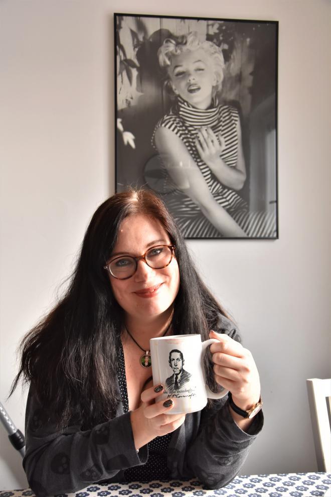 Kaffe måste även författare dricka, men då ur en kopp med Shakespearcitat.