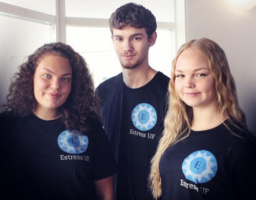 My Aspeheim, Simon Jofré och Elin Edengren från UF-företaget Estress