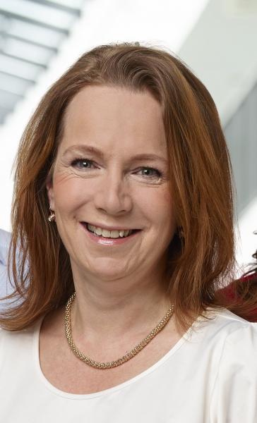 Anita Mattsson (S), kräver att politiken i Stockholms läns landsting läggs om