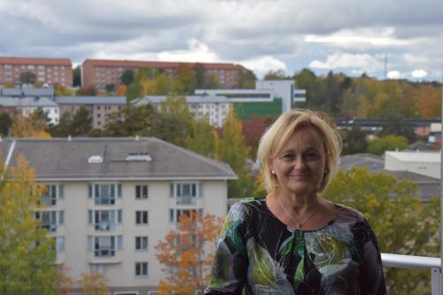Marie Åkesdotter (MP), styrelseordförande för Tyresö Bostäder