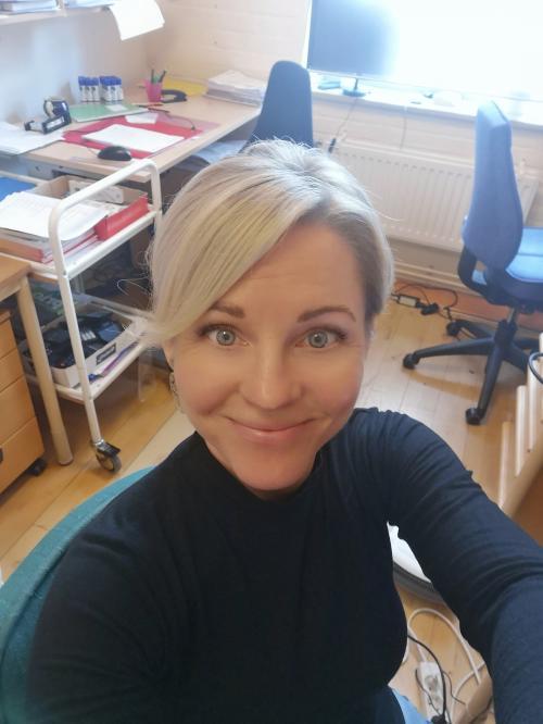 Elin Posch är initiativtagare till projektet i Tyresö. Till vardags arbetar hon somlärare på Strandskolan och samordnare för Tyresös grundskolors likabehandlingsarbete.