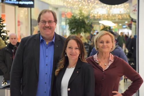 Mats Larsson (L), Anita Mattsson (S) och Marie Åkesdotter (Mp)