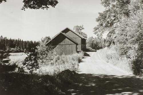 Krusbokdas uthus vid Nyforsvägen - nuvarande Wättinge gårdsväg