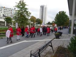 <span>150 personer demonstrerade för att visa sitt missnöje mot nedläggningen av Björkbacken.</span>