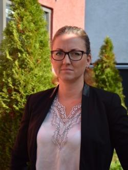 Jannice Rockstroh (S), barn-och utbildningsnämndens gruppledare är oroad över de kraftiga nedskärningar som väntar i Tyresös grundskolor.