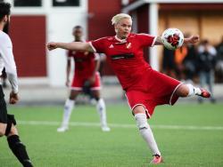 Jonathan Avernäs klipper till i matchen mot Rinkeby.