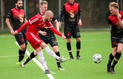 Joakim Kuppari skjuter 1-0 för HSK <br />Foto: Claus Meyer
